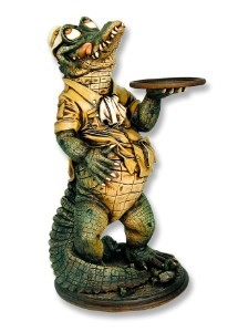 Crocodile Butler with Tray 3'