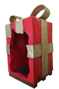 8' Red Gift Box with Gold Bow, Photo Op